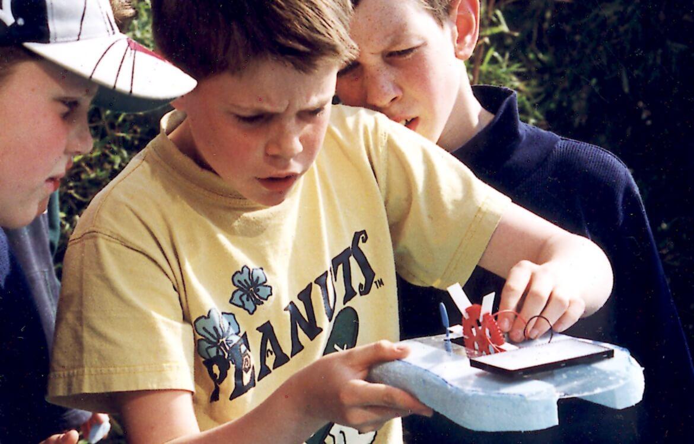 Atelier Enfant Fabrication Jouets Sans Pile
